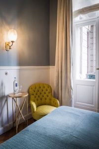friendly & bright  Kabinett Rooms Henri Hotel Berlin