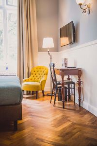authentic design at Henri Hotel Berlin CHarlottenburg - Les Chambres