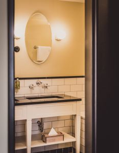 bathrooms in vintage style - midcentury lovers